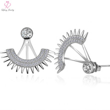 Modische 925 Sterling Silber Fan Shaped Ohrstecker mit Diamant