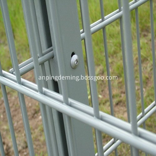 double horizontal wire mesh01