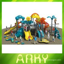Équipement de terrain de jeu extérieur pour animaux pour enfants