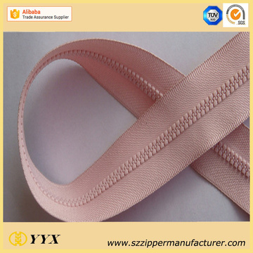 No.3 Plastic Molded Zipper dengan Dynamic Teeth