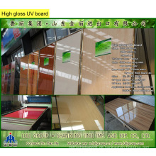 Hochglänzendes UV-Board