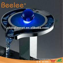 Grifo LED Waterfal aprobado por el CE (LS03B)