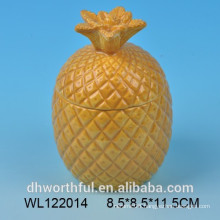 Ceramic food container with pineapple shape