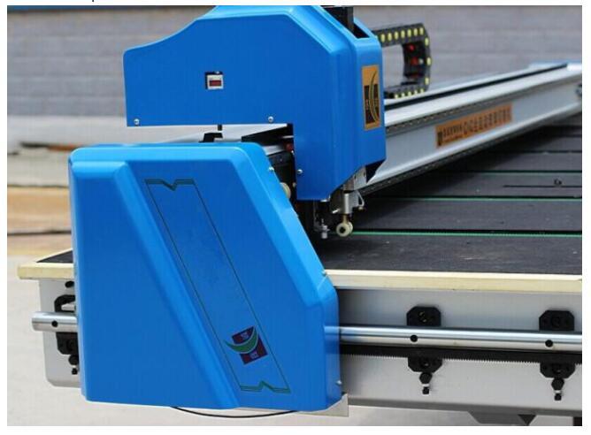 Automatic glass cutting line