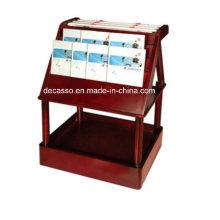 Periódico de lujo y revistero (DM22)