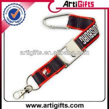 2013 mosquetón de cordón de la promoción con abrebotellas