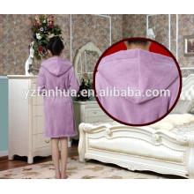 Roupão com capuz de novo estilo flanela para mulheres