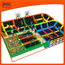 Popular Designed Dodgeball Trampoline for Team Work