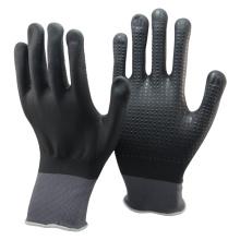 NMSAFETY totalmente revestido de nitrilo preto pontilhado mão antiderrapante luvas