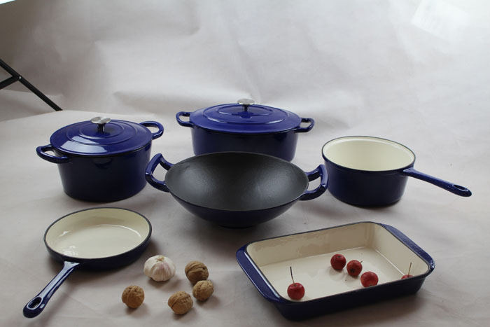 Enamel Cookware And Wok Sets