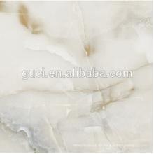 Baumaterialien Kunstrasen weiße Marmorfliesen