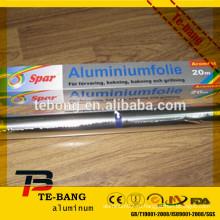 В коробке с антипригарным покрытием используется бытовая алюминиевая фольга