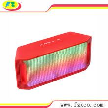 Oradores baratos de Bluetooth da música mini com rádio de FM, luzes da dança do diodo emissor de luz, apoio do cartão do TF