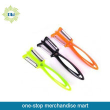 Plastic Vegetable Peeler