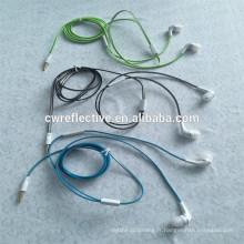 Type lumineux de ligne de casque réfléchissant / lueur dans l'oreille noire suspendue câble de casque Promotionnel