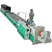 Ligne de production PVC WPC profil plastique extrudeuse machine/PVC bois profil en plastique