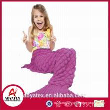 nouvelle conception promotionnelle tricotée acrylique queue couverture de sirène