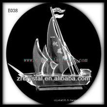 Modèle de trafic de cristal délicat E038