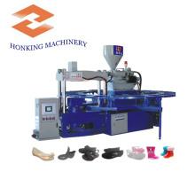 Zapatillas de plástico que hacen la máquina