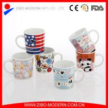 Taza de cerámica de dibujos animados de niños pequeños con diseño
