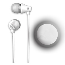 In-ear wired earphone white color