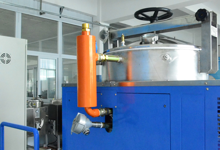 Xylene solvent recovery machine in Libreville
