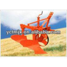 Landwirtschaftlicher kleiner Traktor brachte 2 Furche-Pflug an
