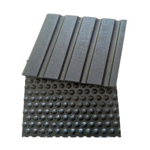 Rubber ramp cow mat for horse