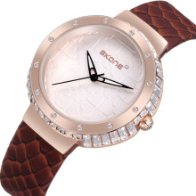2017 fancy girl latest hand watch for lady