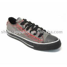 zapatos de lona baratos del hombre al por mayor del fabricante