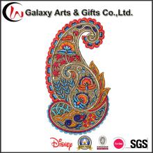 Colorido bordado emblemas /Embroidery hierro en remiendo para la venta