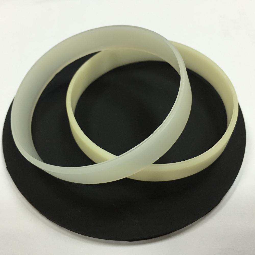 China UV Sensor Silicone Bracelets Manufacturers