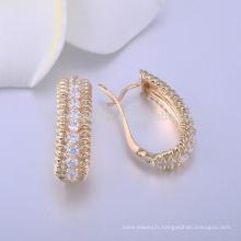 Boucles d'oreilles en pierre blanche Boucles d'oreilles en or avec diamant