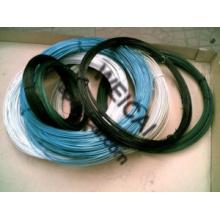 Différents câbles recouverts de PVC colorés