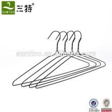 Precio barato PVC recubierto de alambre de metal perchas para secar la ropa