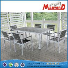 Ensemble de jardin contemporain Polywood avec table à manger rectangle et chaise de jardin en plastique