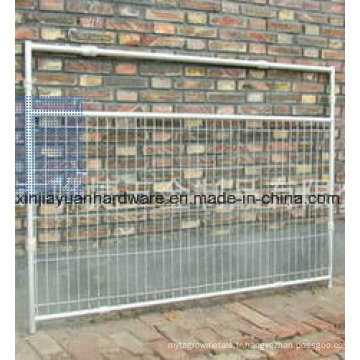 Porte métallique avec fil de soudure