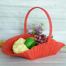 Panier à fleurs en rotin avec tissage rouge