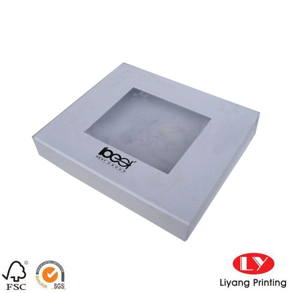 white foldable gift box