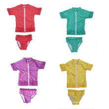 Conjunto de traje de baño Sassy Surfer Rash Guard de Little Girl