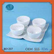 Pequeño cuenco de cerámica con placa, cerámica de certificación SGS / FDA / LFGB con plato, caja de porcelana para alimentos