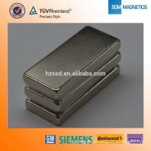 Revestimento epoxy do níquel do zinco ímã personalizado N52 da terra rara