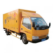 Veículo de gerador de caminhão em movimento