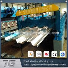 With hydraulic floor deck machines