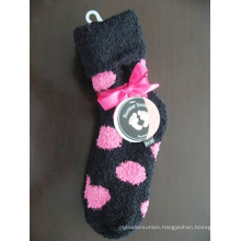 Cosy Socks with Dots Design and Bowknot