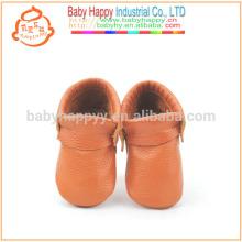 Sapatos por atacado babá mocassins couro marrom de vaca sapatos de bebê sem molas