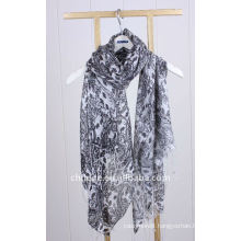wool/silk blended scarf