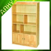 Armoire de stockage en bois d'école