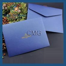 Enveloppe d'invitation de mariage en papier bleu de haute qualité