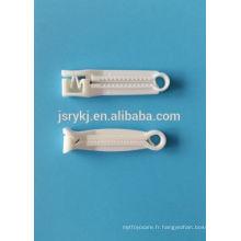 Vente à chaud de pince à cordon ombilical médical jetable stérilisée pour le bébé nouveau-né